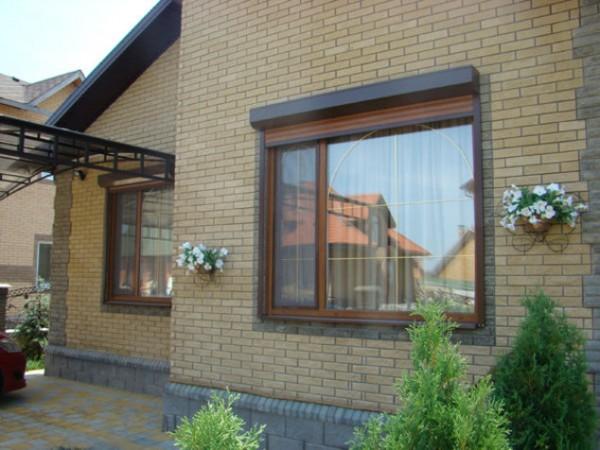 Частный дом - ламинированные окна