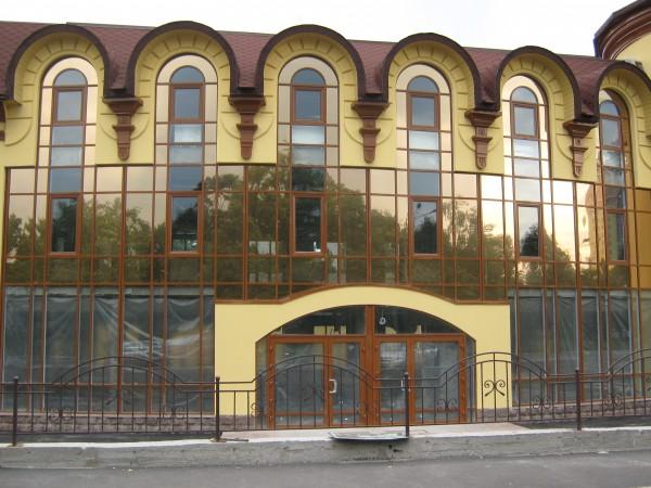 Фасад здания на ул. Красноткацкая, 40