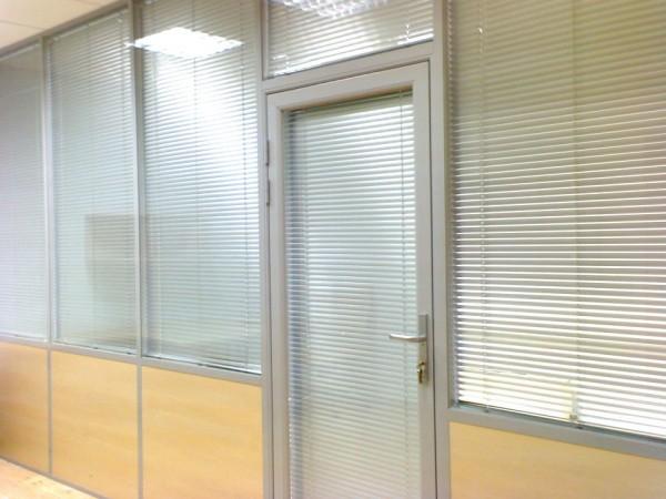 Офисные перегородки в офисе  от производителя